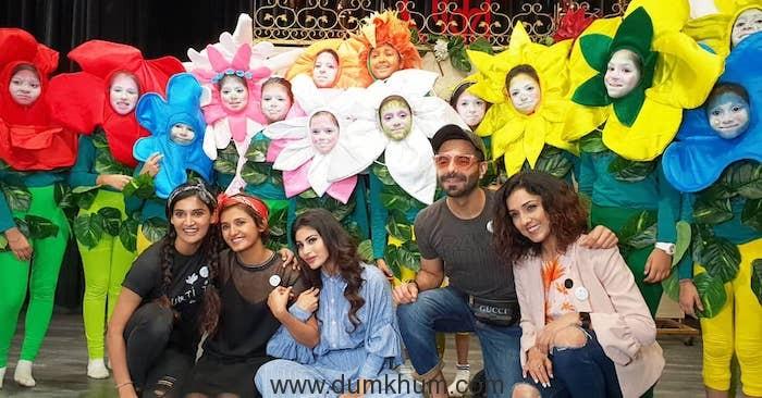 Shakti Mohan, Aparshakti Khurana, Mukti Mohan, Mouni Roy & Neeti Mohan with Kids