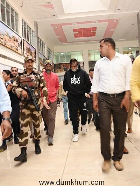 Amitabh Bachchan starts shooting for Bhushan Kumar & Nagraj Manjule's Jhund in Nagpur-