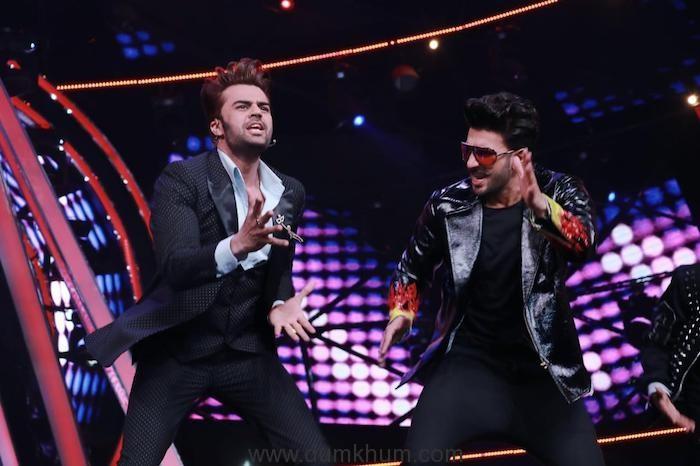 Maniesh Paul's Simmba moment on Indian Idol platform-
