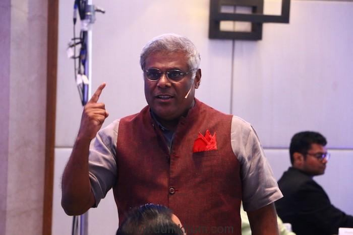 Ashish Vidyarthi-2