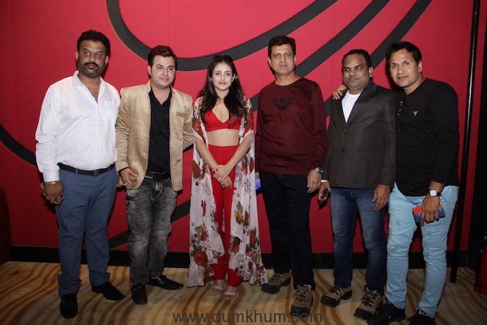Mishti Chakravarty - Rajeev Menon