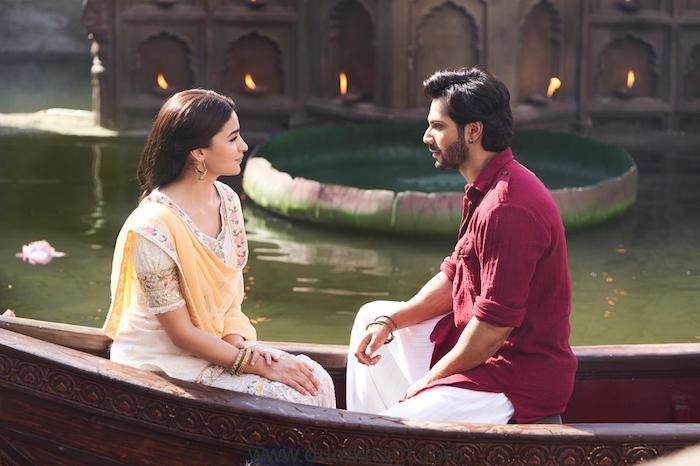 An intense romantic title track for Kalank to be unveiled tommorow !