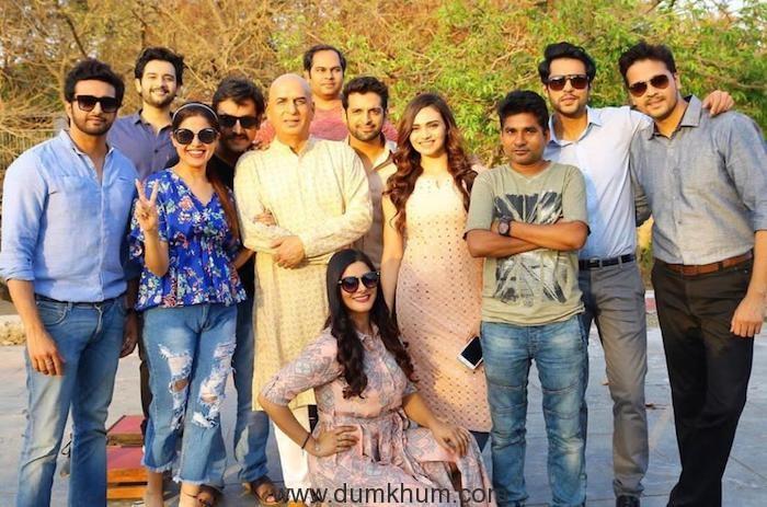 Cast & Crew of Faceless
