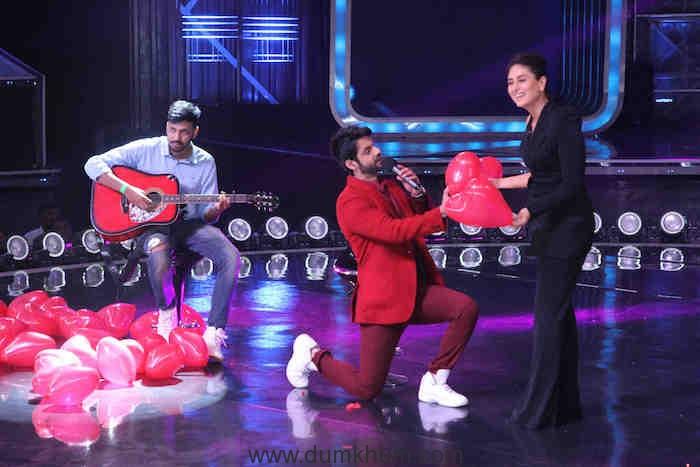Karan Wahi mesmerise everyone by singing melodious songs like 'Raat Akeli' , 'Aaj kal tere mere pyaar ke charche' for Kareena Kapoor Khan (1)
