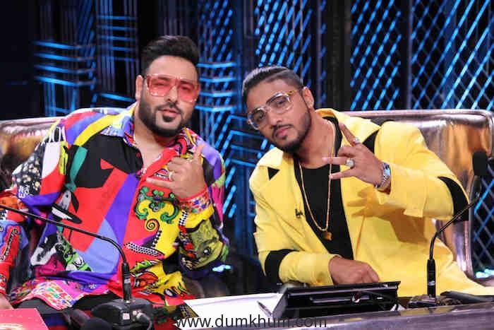 Raftaar and rapper Badshah Rock it on stage !