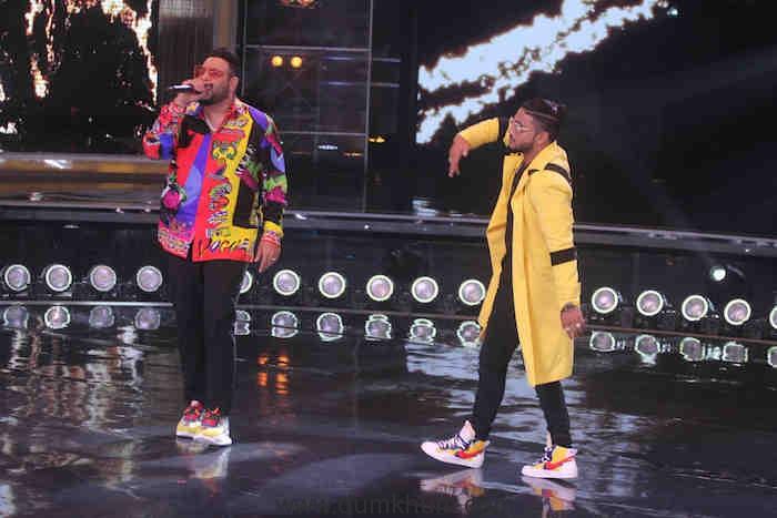 Rapper Badshah along with Judge Raftraar on DID