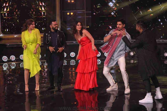 Siddharth Malhotra and Parineeti Chopra grooving to Khadke Glassy with Judges Bosco Martis,Kareena Kapoor Khan, Raftaar and Host Karan Wahi (14)