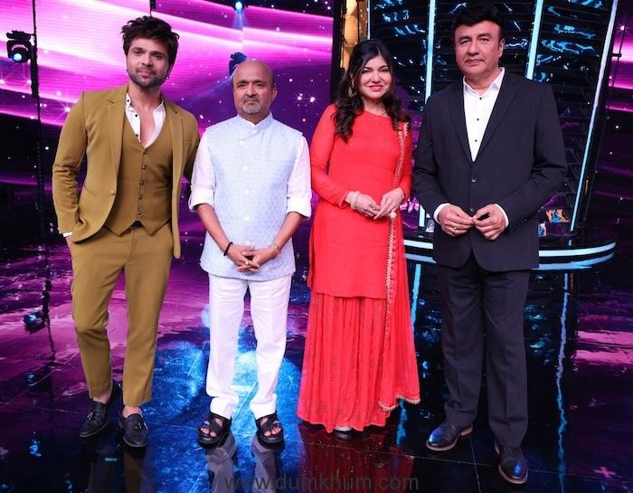 Himesh Reshammiya and lyricist Sameer Anjaan reunite for Ramesh Taurani's next !