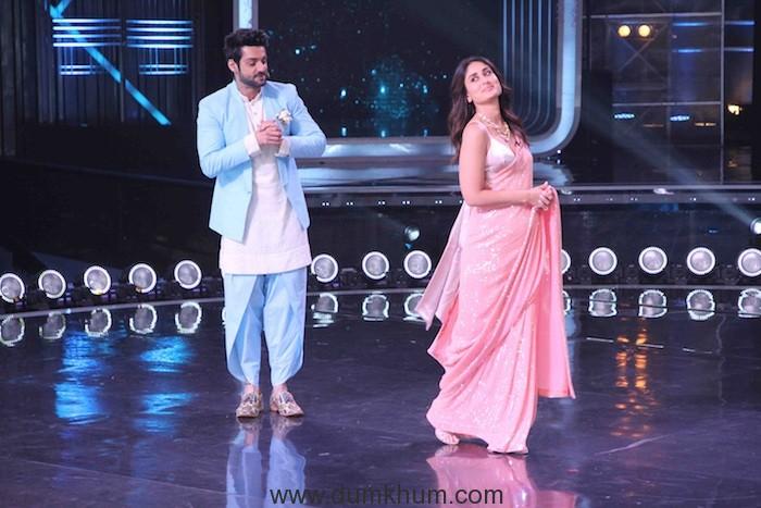 Host Karan Wahi with Judge Kareena Kapoor on the sets of DID(1)
