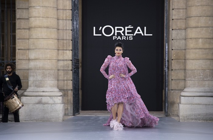 Aishwarya Rai Bachchan represents L'Oréal Paris at Paris Fashion Week for the first time ever!