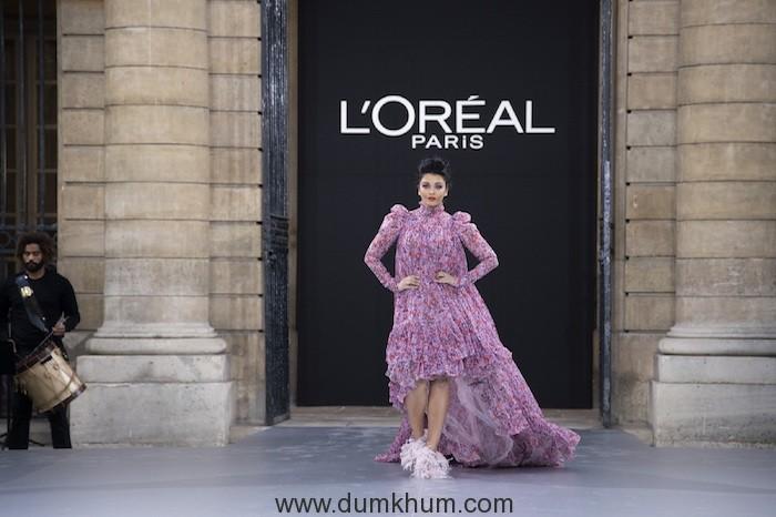 Aishwarya Rai Bachchan represents L'Oréal Paris at Paris Fashion Week for the first time ever!