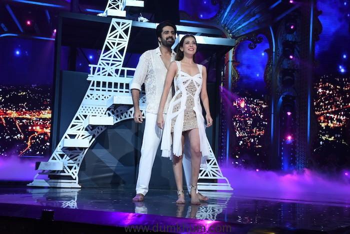 Avinash Sachdev with his girlfriend Palak Puruswani on Nach Baliye 9 (4)