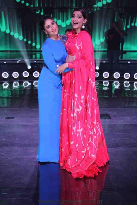 Kareena and Sonam on the sets of DID(2)