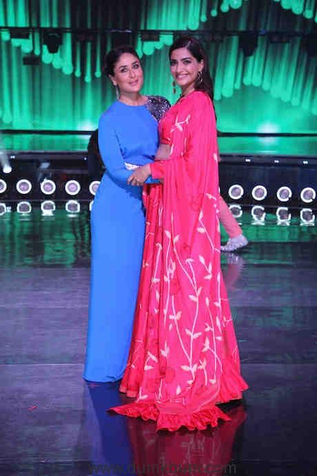 Kareena and Sonam on the sets of DID(4)