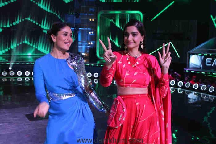 Kareena and Sonam on the sets of DID(5)