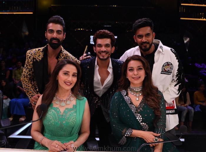 Madhuri Dixit, Juhi Chawla, Tushar Kalia, Arjun Bijlani and Shashank Khaitan on Dance Deewane