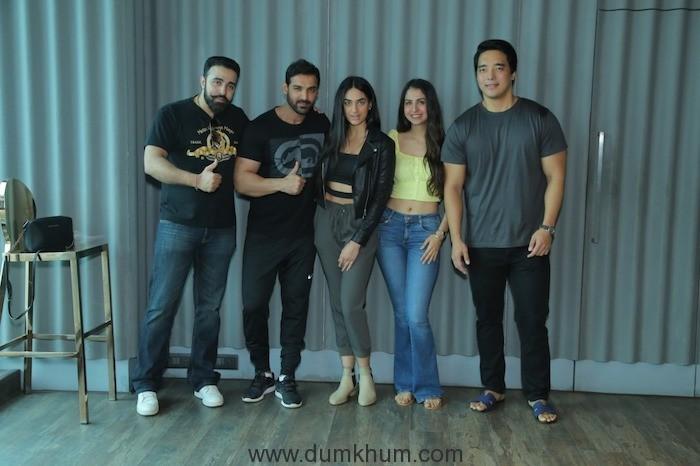 "Rinzing Denzonpa, Malvika Raaj, Tanisha Dhillon and director Nilesh Sahay meet John Abraham before they leave for  the shooting of the Action Thriller  ""Squad""."