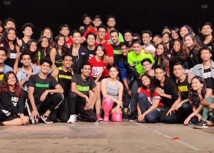 The ever energetic *Shiamak Davar dance team