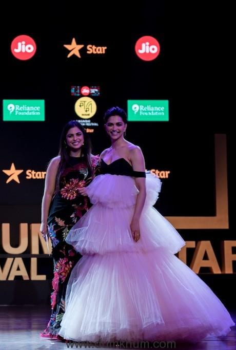 Deepika & Isha