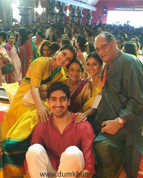 Kajol with Tanuja,Tanisha Mukherjee & Ayan Mukherjee