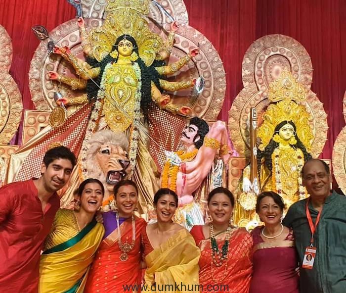 Kajol with Tanuja,Tanisha Mukherjee, Rani Mukerji & Ayan Mukherjee