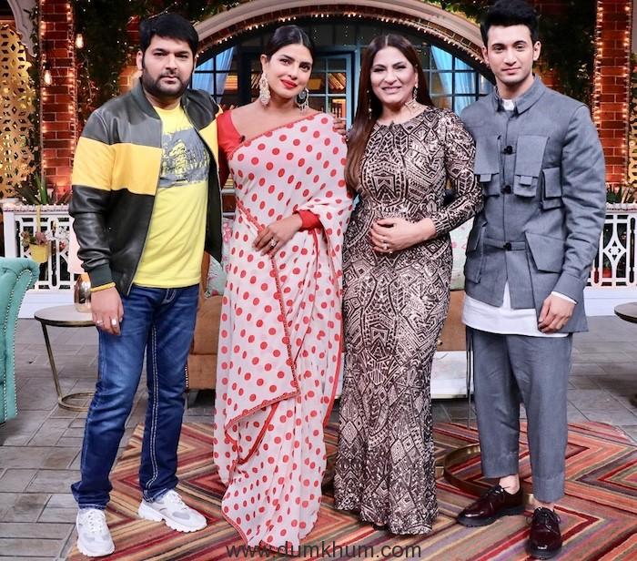 Priyanka Chopra & Farhan akhtar will be soon seen sharing the screen with Kapil Sharma -5