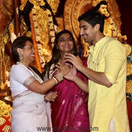 Rani Mukherjee & Ayan Mukherjee at the Durga Puja Pandal today-2