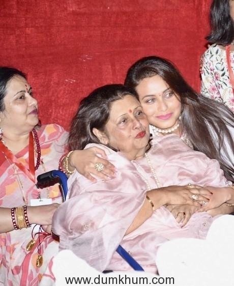 Rani Mukherjee & Ayan Mukherjee at the Durga Puja Pandal today-4