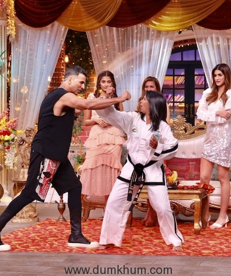 The Kapil Sharma Show will be hosting the entire cast of Housefull 4 -8