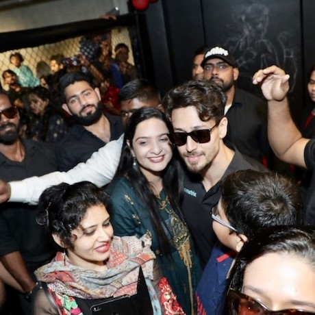 Immense Fan frenzy for Tiger Shroff as he inaugurated his second MMA gym in Bareilly