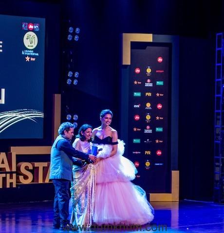 Vishal Bhardwaj and Deepika Padukone presenting the Excellence in Cinema Award to Deepti Naval at the Jio MAMI 21st Mumbai Film Festival with Star 2019