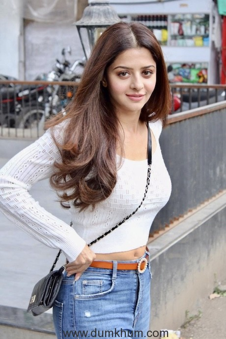 The Body' actress Vedhika Kumar giving us pretty vibes as she gets papped in the city post meeting!