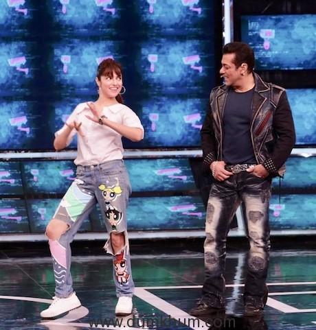 Divya Khosla Kumar met Chulbul Pandey aka Salman Khan on the sets of Bigg Boss 13