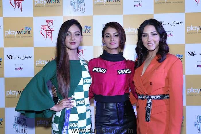 Mukti Mohan, Shakti Mohan, and Neeti Mohan showcasing the signature step