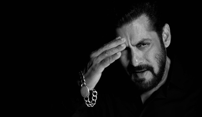 Salman Khan composes song of love in the fight against Coronavirus