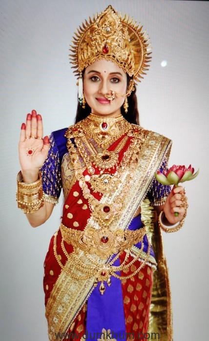 Paridhi Sharma as Maa Vaishno Devi