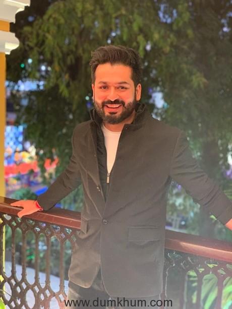"Vicky Kaushal starrer Ashwatthama will roll by April 2021"", says director Aditya Dhar !"