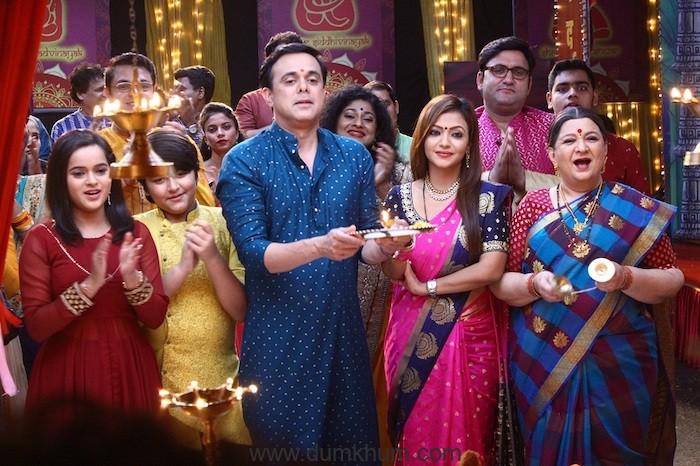 It's a theatrical affair this Ganesh Chaturthi on Sony SAB's Wagle Ki Duniya